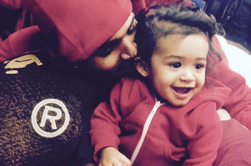 Chris Brown Posts His First Instagram Picture With Daughter, Royalty