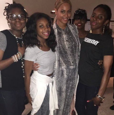 beyonce-freddie-gray-family-1 Jay Z & Beyonce Met The Families Of Freddie Gray & Mike Brown This Weekend In Baltimore (Photos)
