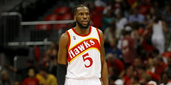 tl-hawks-junkyard-dog-demarre-carroll-stays-true-to-atlanta-fans-at-a-meet-and-eat-at-zaxbys-on-ponce.jpg
