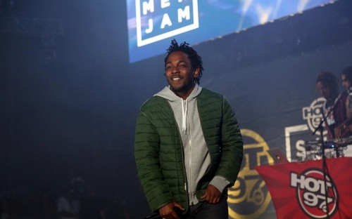 kendrick-sjb-500x312 Kendrick Lamar Brings Instagram Star Welven Da Great On Stage At Summer Jam! (Video)