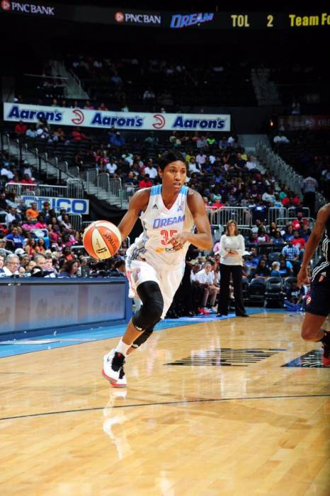 CH6GQyfWwAA9-Tt WNBA Stars Angel McCoughtry & Tina Charles Square Off As The Atlanta Dream Face The New York Liberty Today At 3pm