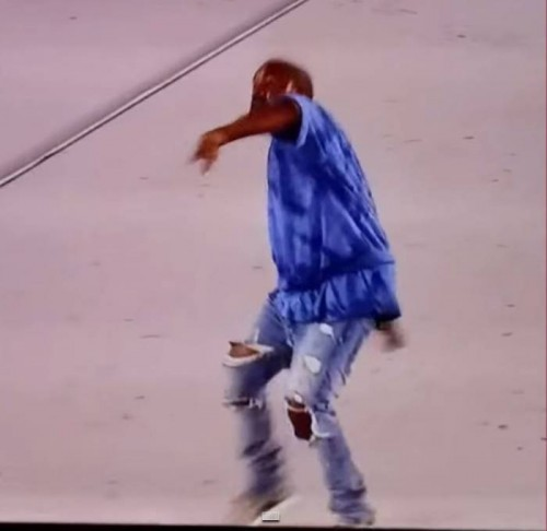 kanye-500x486 Kanye West Flings His Mic Into The Crowd & Walks Off Stage At Pan Am Games! (Video)