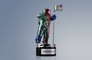 Jeremy Scott Revamps The MTV Moonman
