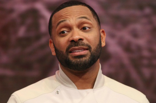 Tweetin' Aint Cheatin': Mike Epps Caught Attempting To DM Another Woman By His Wife
