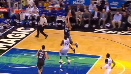 CcH5PgaUkAkhsK5-500x284 Do You Believe In Magic: Aaron Gordon Takes Off From Just Inside the Foul Line (Video)