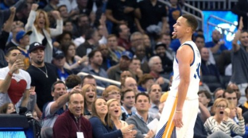stephen-curry-scores-51-points-against-the-orlando-magic-hits-ten-3-point-shots-video.jpg