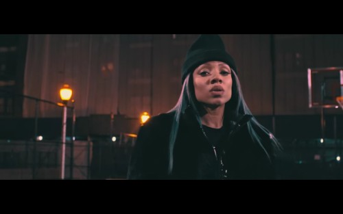 Screen-Shot-2016-02-29-at-2.39.25-PM-1-500x313 Lil Mama - Panda (Video)