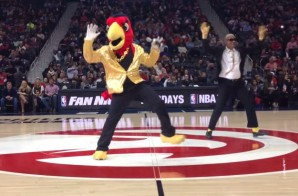 "The Atlanta Hawks Strike Another Match with Tinder ; ""Swipe Right 2.0"" Takes Place on March 19"