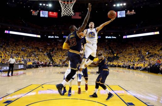 The Golden State Warriors Have A (2-0) Lead In Their 2016 NBA Finals Series Against The Cleveland Cavs (Video)