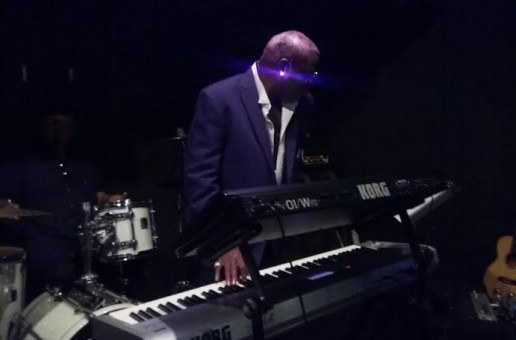 Celebrated Musician Mystro Performs Live Piano Tribute Honoring Prince At Glam Slam (Video)