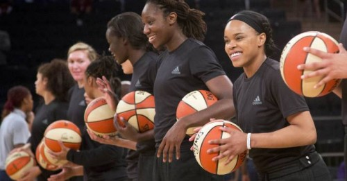 the-wnba-fined-players-for-wearing-black-lives-matters-black-warm-up-shirts-in-response-to-recent-killings.jpg
