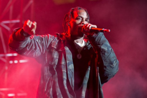"travis-scott-birds-release-date-1-500x334 Travis $cott Reveals Release Date For ""Birds In The Trap Sing McKnight"" Album And Performs New Track"