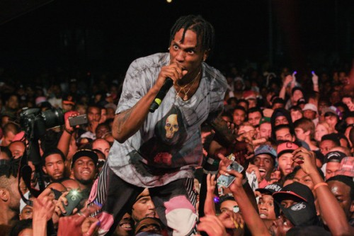 travis-scott-perform-500x333 Travi$ Scott - Black Masses