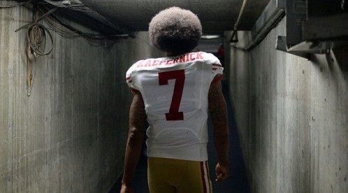 moving-units-san-francisco-49ers-qb-colin-kaepernick-currently-has-the-highest-selling-jersey-in-the-nfl.jpg