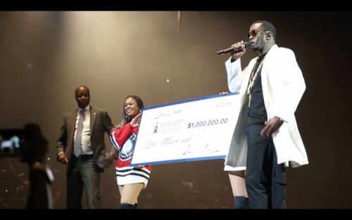 Screen-Shot-2016-09-23-at-5.05.17-PM-500x313 Diddy Gives Back; Presents Howard University With Million Dollar Check! (Video)