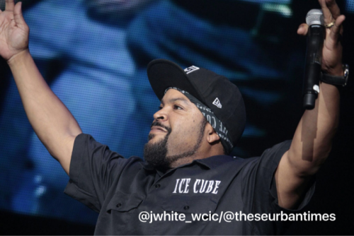 ice-cube-performs-natural-born-killaz-straight-outta-compton-more-in-atlanta-at-one-music-fest-2016-video2.jpg
