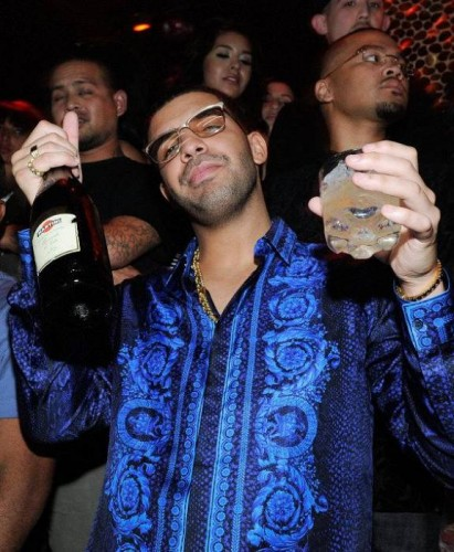 drake-celebrates-his-birthday-at-588