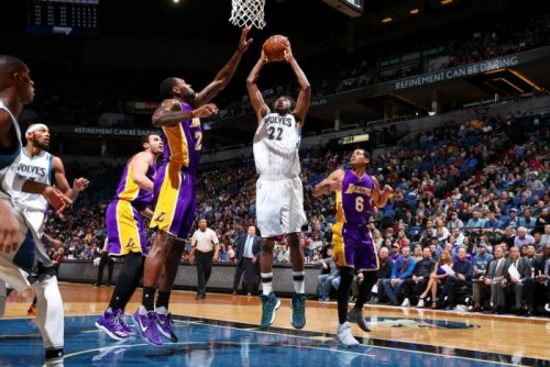 CxMLfFMUsAAa72n-500x334 Minnesota Timberwolves Star Andrew Wiggins Scores a Career High 47 Points vs. The Los Angeles Lakers (Video)