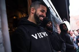 "Drake's ""VIEWS"" Spent Half of 2016 In The Top 5 On Billboard 200!"