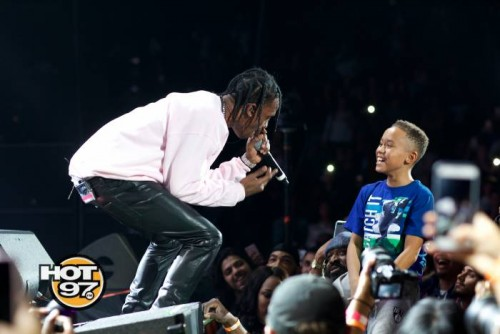 "TravisScott_Credit_KarlFerguson-1-500x334 Hot 97 Kept It ""Hot For The Holidays"" This Past Weekend w/ Usher, T.I., Fat Joe, Remy Ma & More!"
