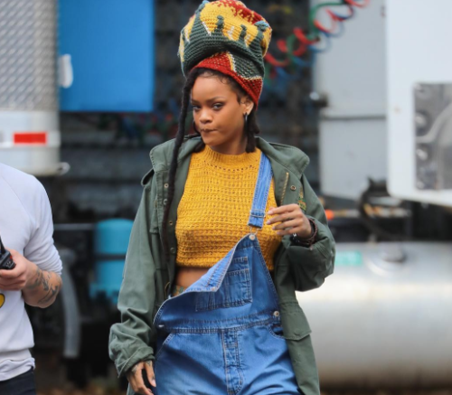 "Screen-Shot-2017-01-30-at-10.17.47-PM-500x437 Rihanna Reveals First Photo From ""Ocean's Eight"""