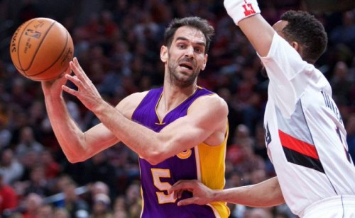 C6G9eBBWgAU7UQZ-500x308 The Atlanta Hawks Have Claimed Jose Calderon Off Waivers; Calderon Is Expected To Join The Hawks Sunday
