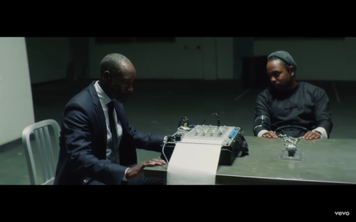 Screen-Shot-2017-04-18-at-7.12.30-PM-500x313 Kendrick Lamar - DNA (Video)
