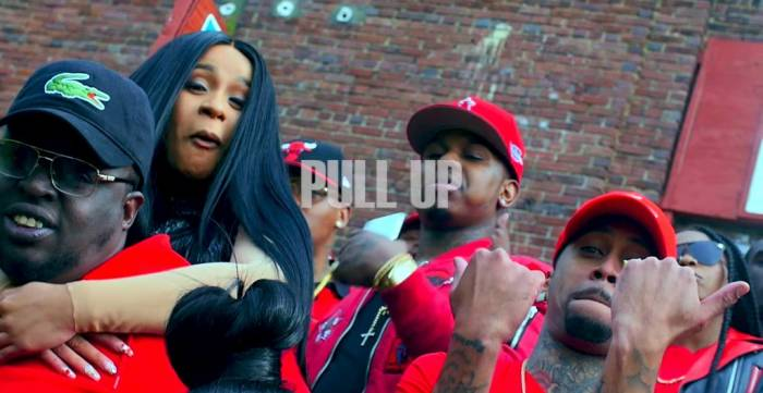 DBL1-81UQAArEQ0 Cardi B – Pull Up (Video)