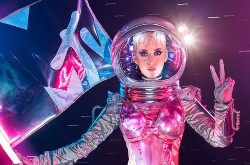 "Katy Perry Is Set To Host The 2017 ""MTV Video Music Awards"""