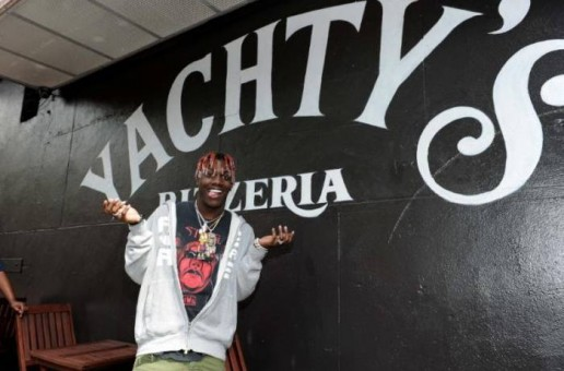 Lil Yachty Surprised Fans at Yachty's Pizzeria in NYC!