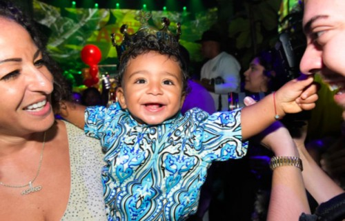 Screen-Shot-2017-10-22-at-5.35.04-PM-500x321 Diddy Hosts Asahd Khaled's 1st Birthday Party!