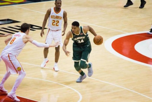 unnamed-2-6-500x334 Young Bucks On The Rise: Giannis & the Bucks Pick Up a (117-106) Victory Over the Hawks (Milwaukee Bucks vs. Atlanta Hawks (10-29-17) (Recap)