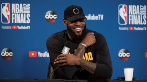 DgofCuEW0AEw3W4-500x281 Watch The Throne: LeBron James Is Officially a Free Agent
