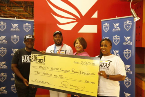 06A9111-500x334 Jeezy & His Street Dreamz Foundation Donate iPads & More to Hometown School