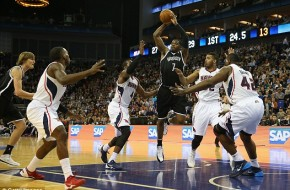 London Joe: Brooklyn Nets All-Star Joe Johnson Torches the Atlanta Hawks Overseas (Video)