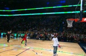 Air Canada: Drake Assists Terrence Ross during the 2014 Sprite Slam Dunk Contest (Video)