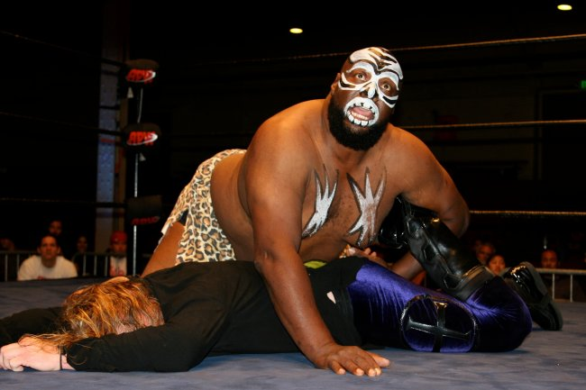 a9e1a47a6658ced57899c25a3cb86c95_crop_exact  From Wrestling Legend To Double Amputee: The Rise And Fall Of Kamala The Ugandan Giant (Video)