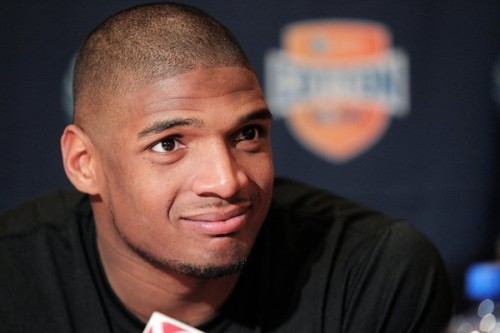 michaelsam-500x333 Michael Sam Changes His Mind About NFL Veteran Combine To Join ABC's Dancing With The Stars!