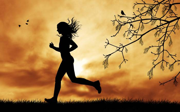 female-running-by-rossella-apostoli @IdOMUSIConline 5K Run/Walk August 1, 2015 in Atlanta, Ga