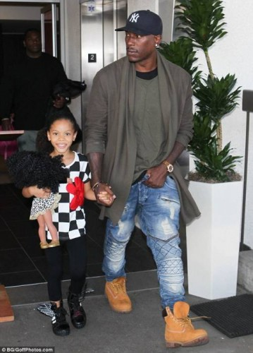 tyrese31-359x500 Tyrese Announces Retirement From Music And Buys Daughter A Private Island!