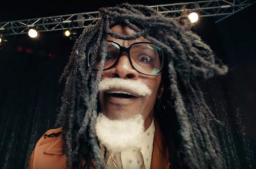 Jamie Foxx Plays Future's Father in New Verizon Commercial (Video)