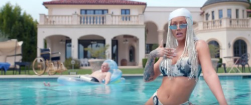 Screen-Shot-2019-05-03-at-2.19.29-PM-500x210 Iggy Azalea - Started (Video)