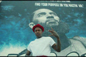 "YG Premieres ""Hard Bottoms & White Socks"" at BET Awards (Video)"