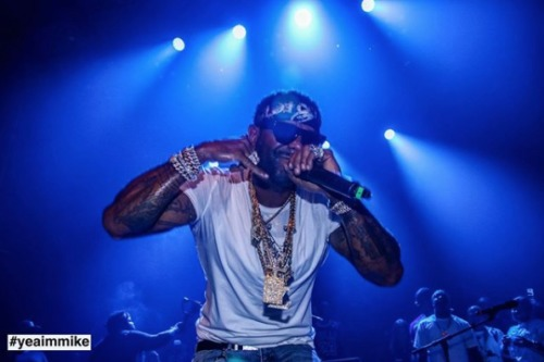 "Screen-Shot-2019-07-23-at-11.51.25-AM-500x333 Recap: Jim Jones Celebrates ""El Capo"" Release With NYC Concert (Video)"