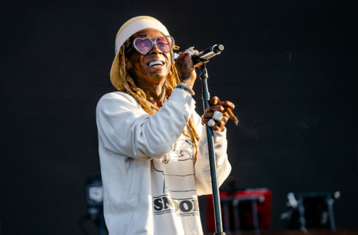 "Lil Wayne Performs ""Old Town Road Remix"" at Lollapalooza"