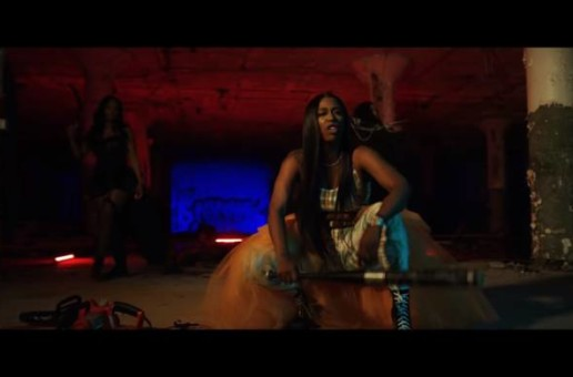 Kash Doll – Mobb'N (Video)