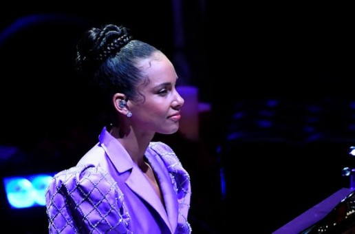 "Alicia Keys Plays Beethoven's ""Moonlight Sonata"" Honoring Kobe Bryant and Gianna Bryant (Video)"