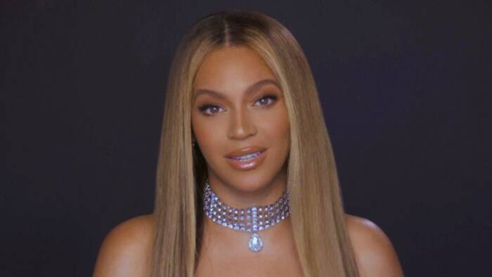 062820-style-bet-awards-2020-beyonce-hair Beyoncé: 'Vote like our life relies upon it, since it does'
