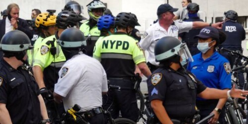 NYPD-reacts-to-video-of-casually-dressed-officers-pulling-protestor-into-a-plain-marked-van-500x250 NYPD reacts to video of casually dressed officers pulling protestor into a plain marked van