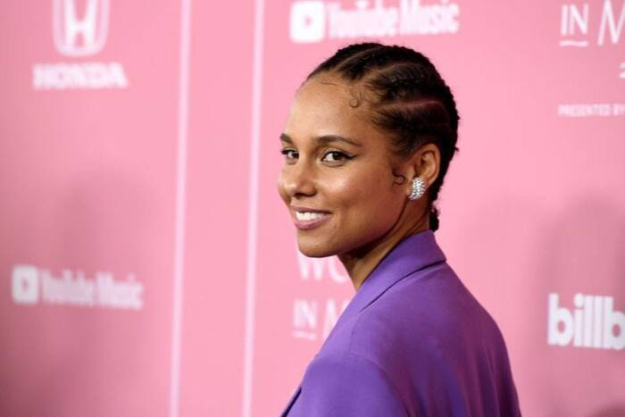 "Alicia-Keys-releases-new-single-Love-Looks-Better ALICIA KEYS RELEASES NEW SINGLE ""LOVE LOOKS BETTER"""